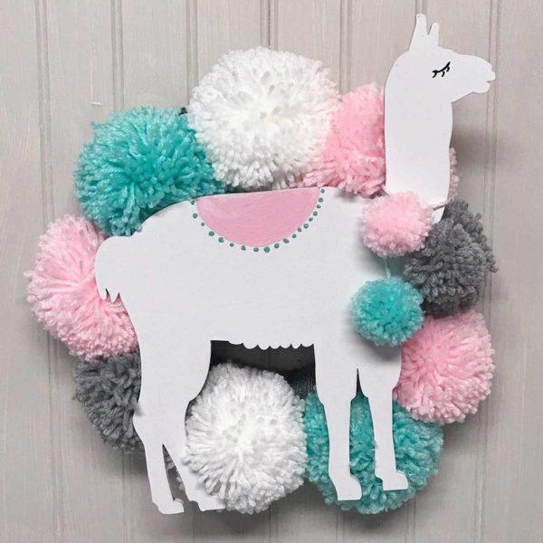 llama_themed_nursery_pom_pom_wreath