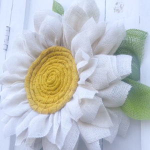 Beautiful_daisy_wreath