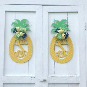 pineapple_monogram_doorhanger