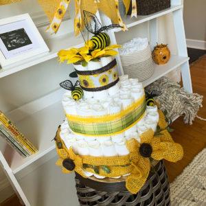sunflower-bee-diaper-cake