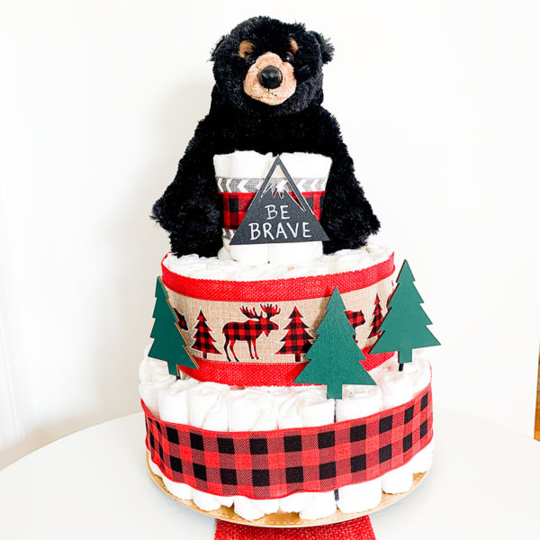 mountain_bear_diaper_cake